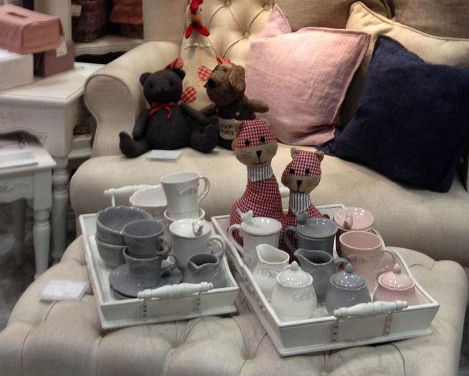 Tapis Volant(タピ・ヴォラン)陶器