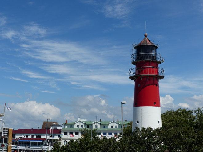 Leuchtturm am Hafen von Büsum