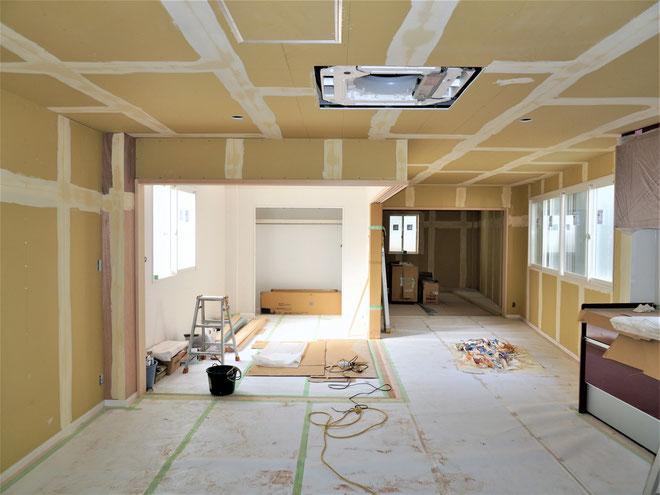 愛知県名古屋市、二世帯住宅の2階のリノベーション工事