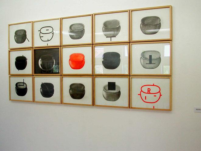 """""""Stilleben/Standard"""",  2004, im Kunstverein Gifhorn  2005"""