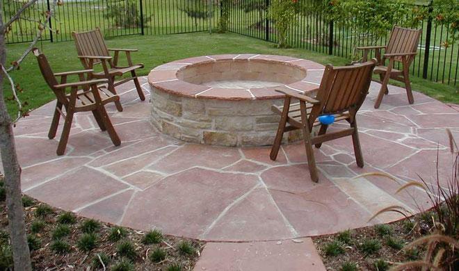 Suelo para jardín con piedras