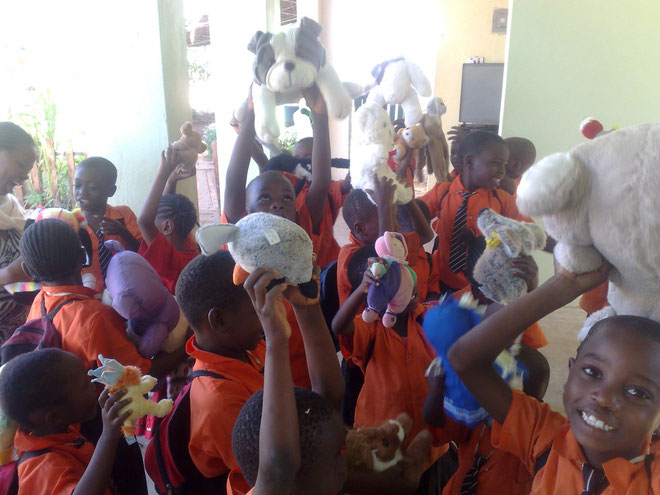Dolls giving day