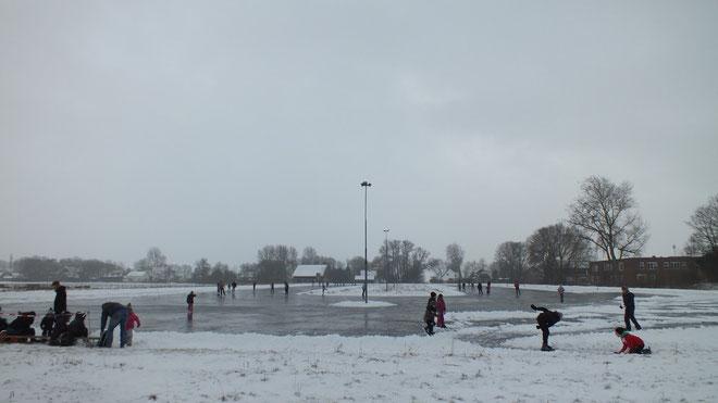 Zaterdag 26 januari 2013....Officiele opening van het mooie ijsbaan complex!