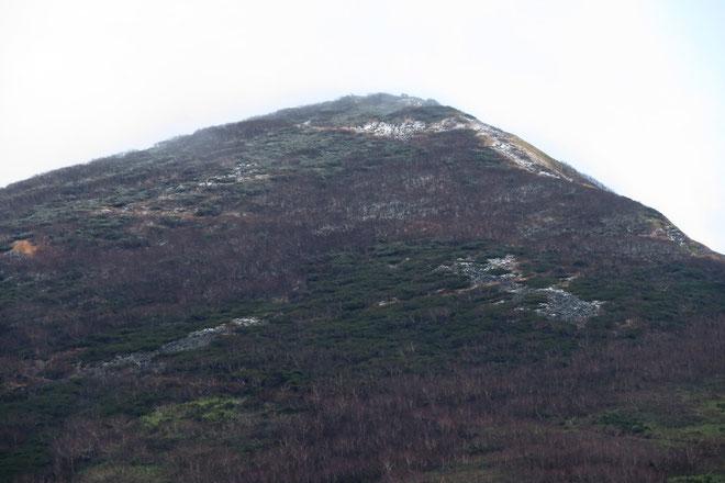 2018年10月28日ニセコアンヌプリ山頂付近はうっすら雪化粧