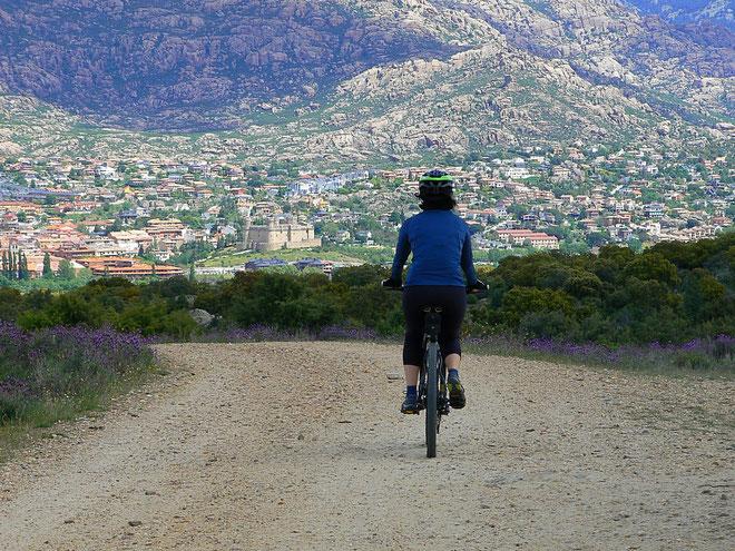 Alquiler bicis, rutas guiadas, sierra Madrid, alquiler bicicletas