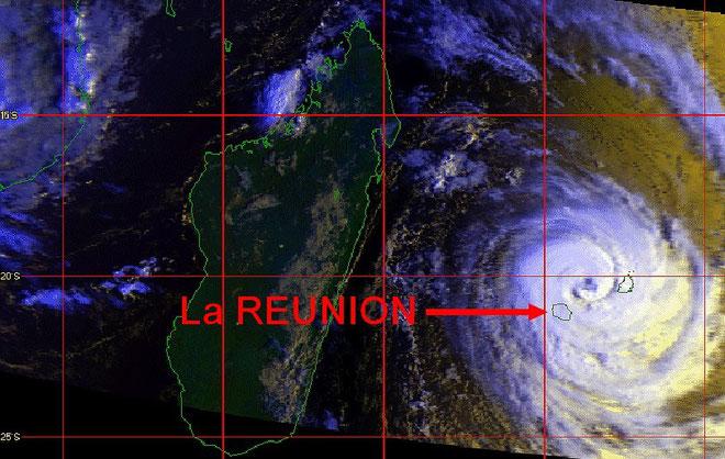 Cyclone Firianga - janvier 1989 - en approche de La Réunion