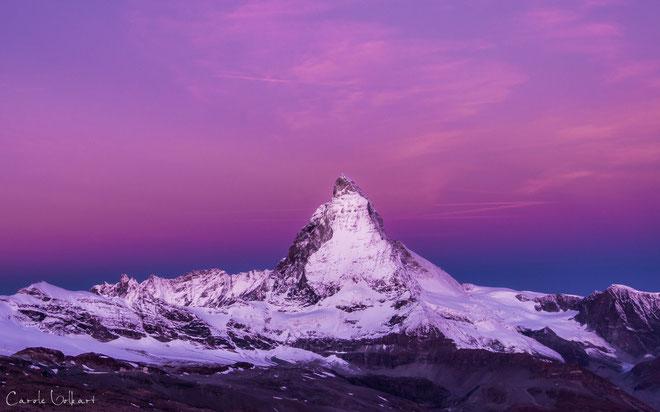 45 Minuten später kurz vor Sonnenaufgang verfärbte sich der Himmel in den kitschigsten Farbtönen - Wahnsinn!