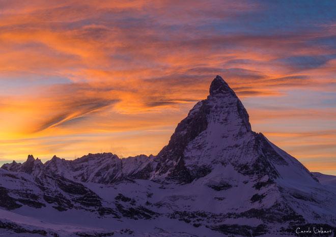 kurz nachdem die Sonne links hinter den Bergen unterging...