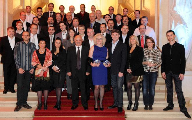 Les lauréats et Jean-Nicolas Antoniotti (troisième à partir de la gauche) au premier rang