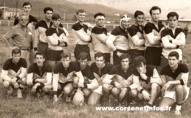 Remy Furfaro (debout, troisième à partir de la droite) en 1966 !