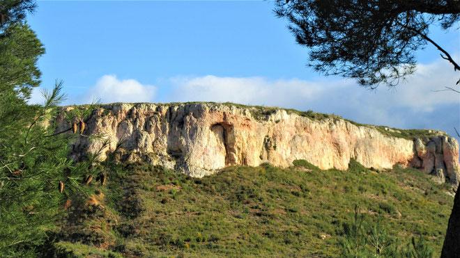 Une fin de parcours avec falaises au soleil