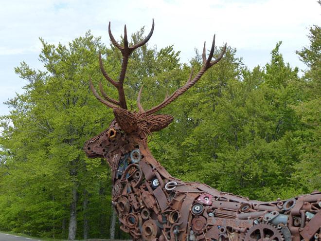 """Le Cerf : sculpture métallique du """"Belvédère"""""""