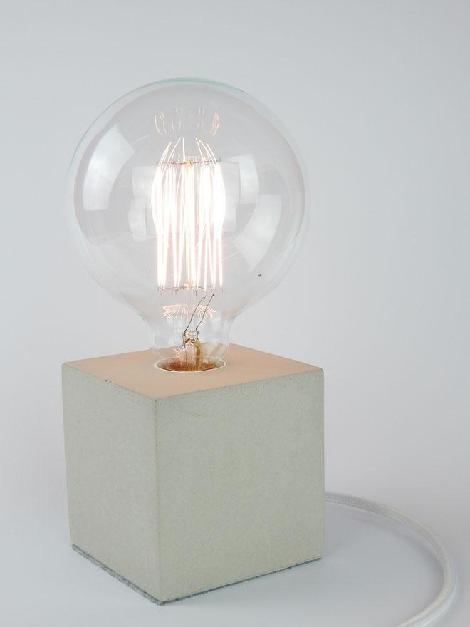 """Cube Betonlampe mit Textilkabel """"Weiß"""""""