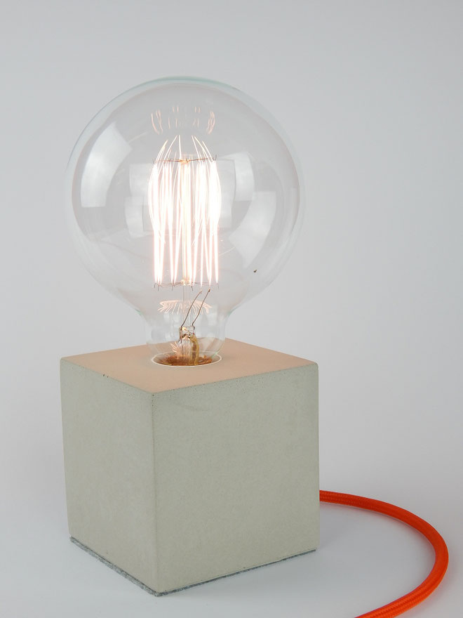 "Cube Betonlampe mit Textilkabel ""Orange"""