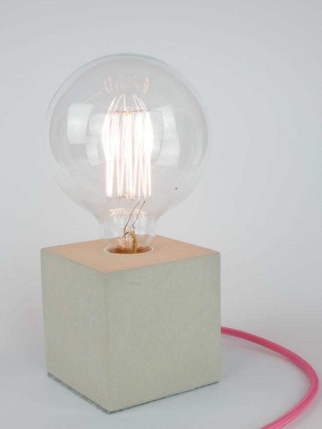 """Cube Betonlampe mit Textilkabel """"Pink"""""""