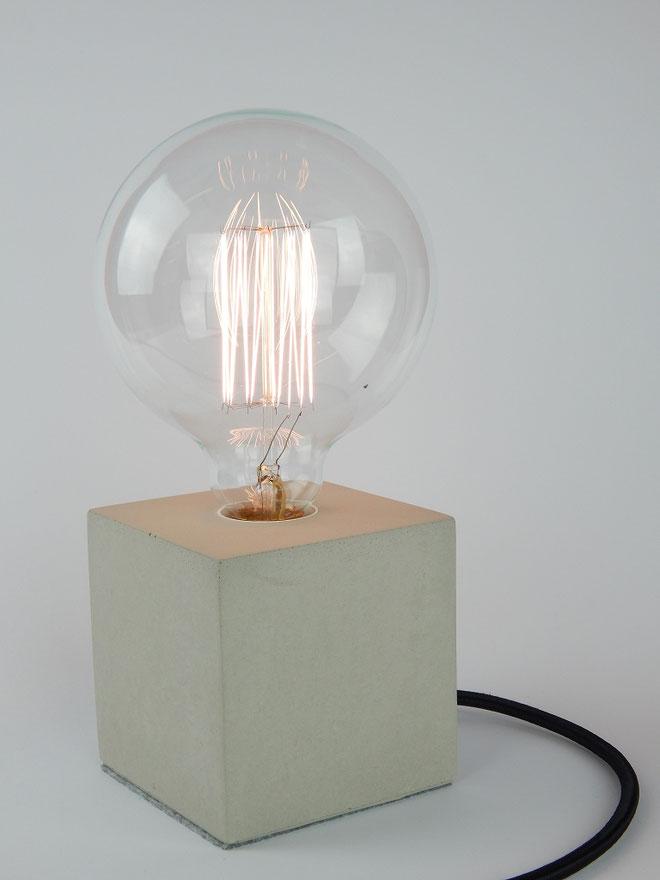 """Cube Betonlampe mit Textilkabel """"Schwarz"""""""