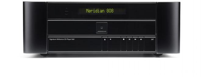 本機のUSB端子はパソコンとの接続も可能です。e-onkyoで販売されているMQAの音楽ファイルや、市販のMQA-CDからパソコンに取り込んだ音楽ファイルの再生できます。¥1,750,000(税別)