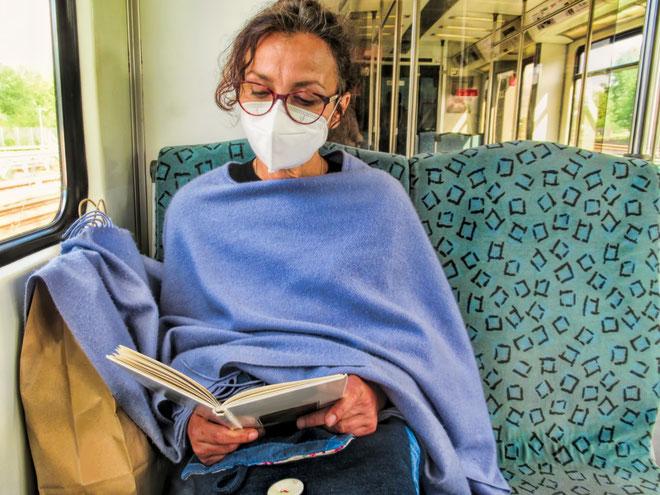 Seit letzter Woche muss u. a. im öffentlichen Nahverkehr FFP2-Maske getragen werden. © ArTo, Adobe Stock