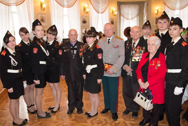 ЭЭкскурсия в Старооскольский краеведческий музей. Встреча с ветеранами Великой Отечественной войны