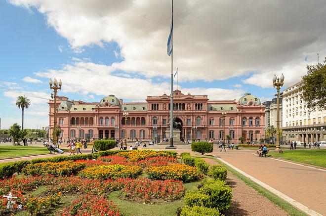 Argentinien - Südamerika - Reise - Motorrad - Honda Transalp - Präsidentenpalast -  Buenos Aires