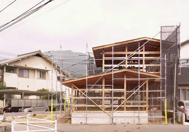 小木土家 屋根仕舞を終えた祇園の家