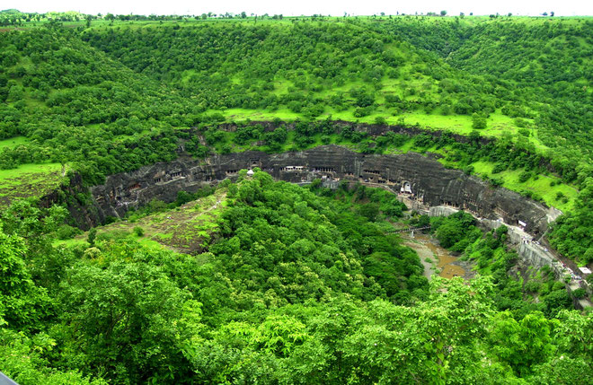 ajanta_valley_painter_s_blog
