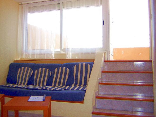 Ausgang zur Terrasse auf den sonnigen Balkon der Ferienwohnung in Los Gigantes auf Tenerife