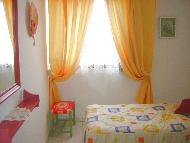 Einbauschrank in der Ferienwohnung in Los Christianos auf teneriffa in der Apartmentanlage Los Torres