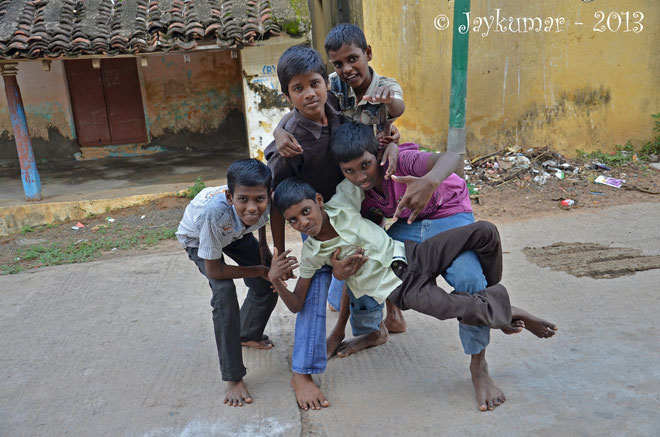 Some boys of Thambi Illam - Photo taken by Jaykumar - jan. 2013