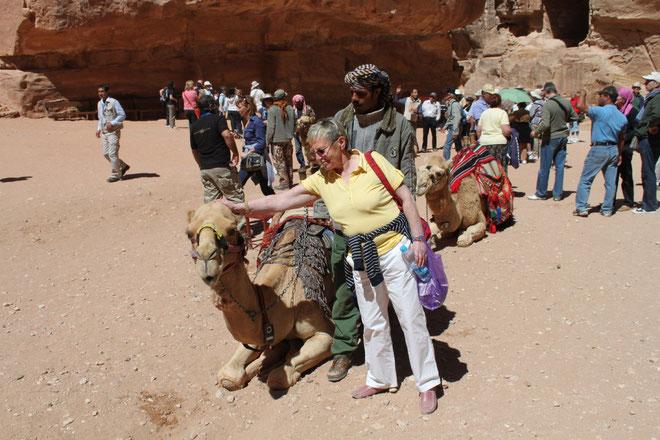 Renate und das liebe Kamel.