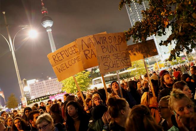 Antiracistiske protester mod AfD ved partiets valgfest i Berlin d. 24. september 2017