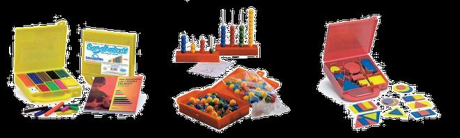 I regoli, l'abaco, i blocchi logici. Tutti prodotti in materiale plastico, atossico, adatto all'utilizzo da parte di giovanissimi studenti.
