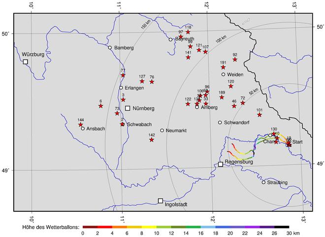Bild zeigt Fundorte der Luftballons (rote Sterne) und Spuren der beiden Wetterballons mit Höhenangabe.
