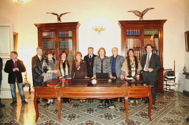 Il Consiglio Direttivo della Fidapa.L'assessore alla Cultura,Dott. N.Potenza e lo storico Prof.Contino