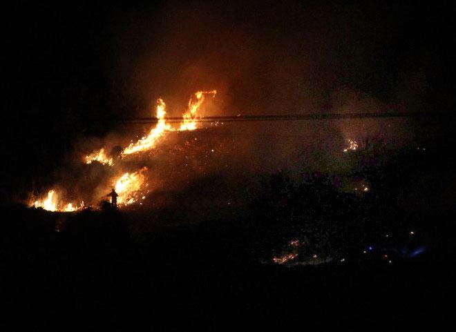 Le quartier d'Agliani en proie aux flammes vendredi soir