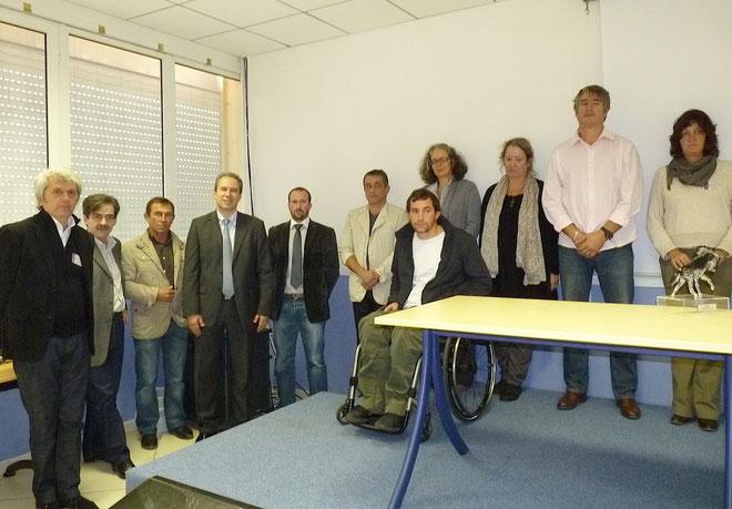Les lauréats de Handicréa et tous les partenaires du concours régional autour de Jean Zuccarelli
