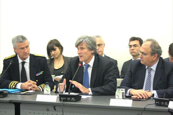 Stéphane Le Foll entre Patrick Strzoda, préfet de Corse, et Paul Giacobbi, président du conseil exéctif. (Photos Marilyne Santi)