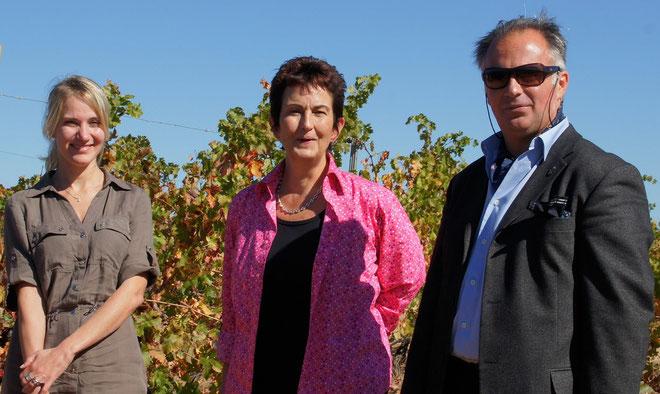 La journaliste québécoise Mylène Tremblay avec à ses côtés Anne-Marie Casabianca et Jean-Christophe Orticoni de Massa