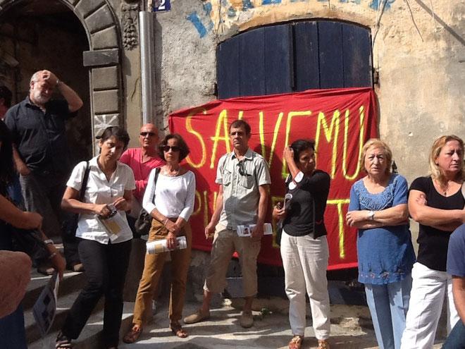 Les membres du Collectif Salvemu u Puntettu et les représentants d'Inseme per Bastia