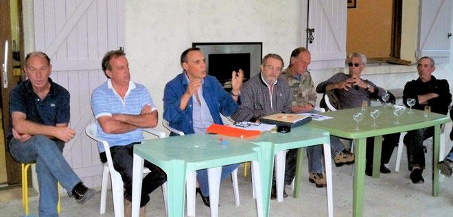 La réunion était présidée par Roger Maupertuis avec à ses côtés Francis Geronimi,  Jean-Baptiste Mari, Jean-Paul Baldi  et Antoine Battini