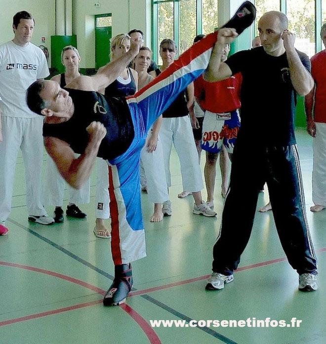 Dominique Valera (à gauche) face à Olivier Ciano : impressionnant !