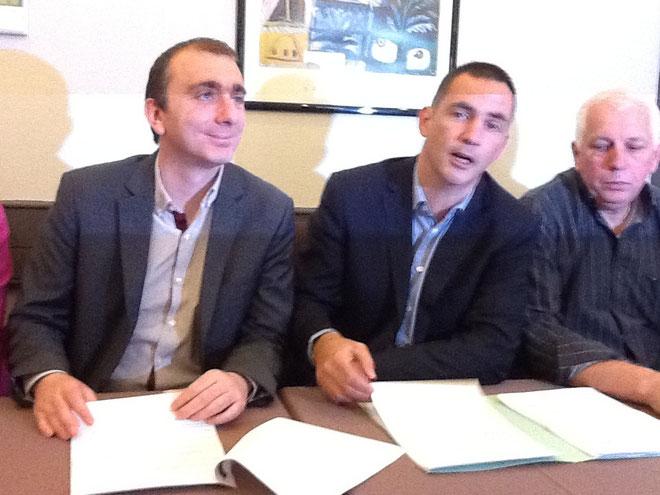 Gilles Simeoni entre Jean-Christophe Angelini et Xavizer Luciani