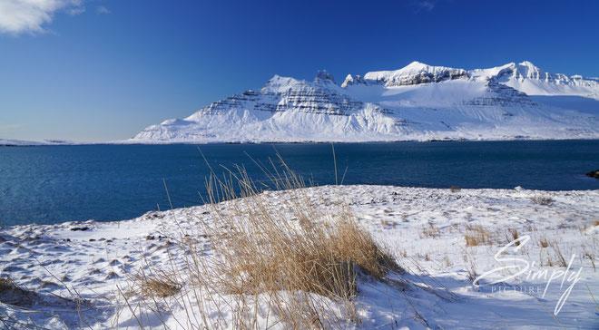 Iceland, Schnee, Sonne, Berge und einfach eine traumhafte Stimmung.