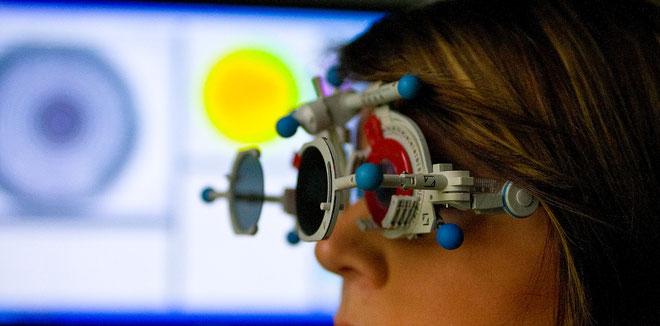 Oculus Messbrille bei Augenoptik Hofmann