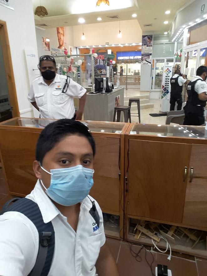 El humilde trabajador fue sacado con el uso de la violencia por el personas de seguridad privada del lugar, esto bajo ordenes del empresario yucateco.
