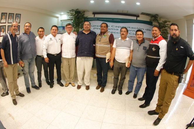 Asiste a curso de prevención en Playa del Carmen, el director general de la Coordinación Nacional de Protección Civil