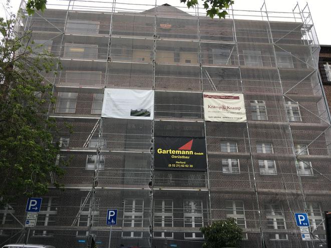 Herford, Technische Rathaus. Fassadenarbeiten im Denkmalschutz in vier Bauabschnitten.