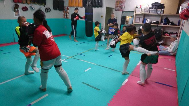 奈良県で本格的にキックボクシング、グローブ空手するならteamYAMATOで。