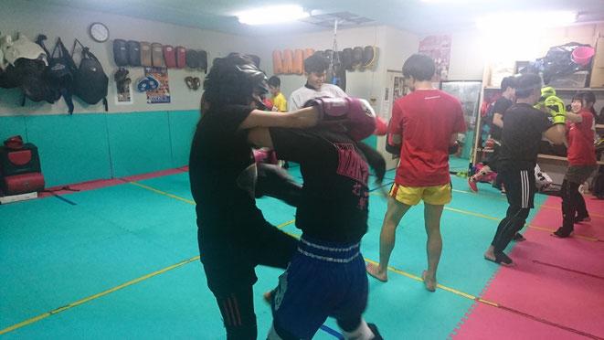 レディースキックボクシングteamYAMATO大和高田本部。