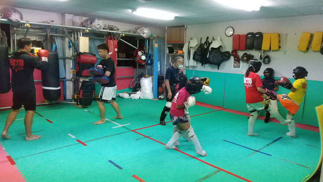 格闘技、キックボクシングするならteamYAMATO大和高田本部。葛城市からも来てます。